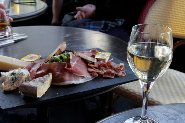 Sauternes and some appetisers!