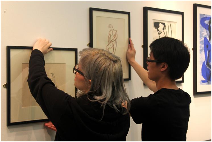 exhibition-hanging-3