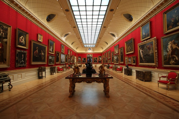3-2-C: The Wallace Collection, London