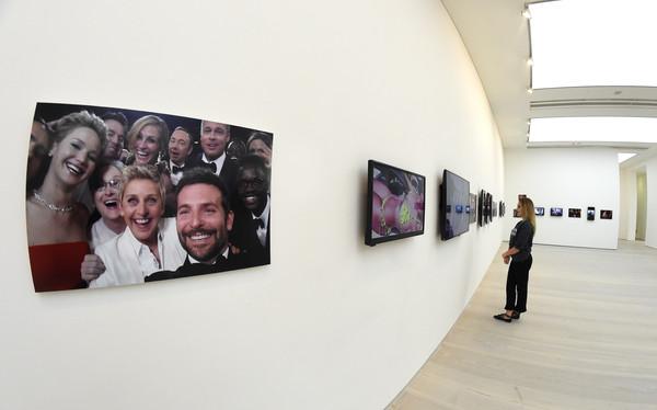 Saatchi+Gallery+Press+View+New+Exhibition+1UqsUNcNiRNl