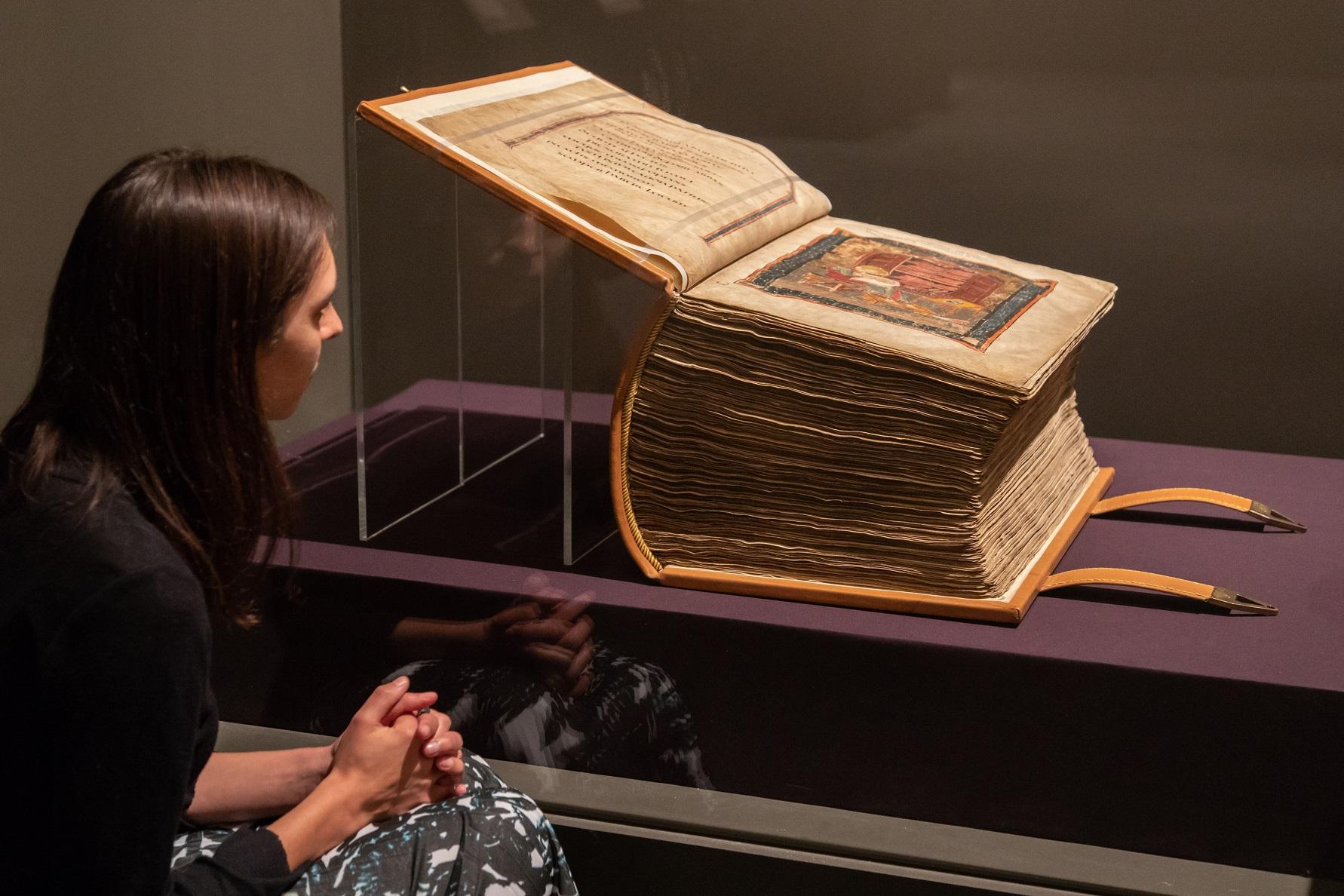 codex-amiatinus-biblioteca-medicea-laurenziana